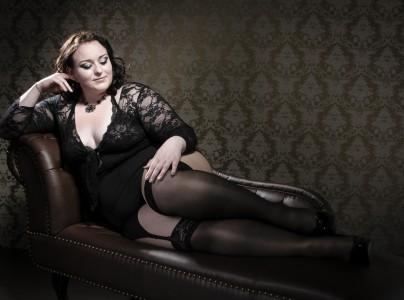 Lingerie Et Grande Taille Grandement Compatible Mode Grande Taille - Femme en porte jarretelle