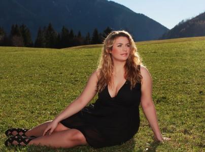 92632fc0b16 Trouvez la robe grande taille qui convient à votre morphologie ...